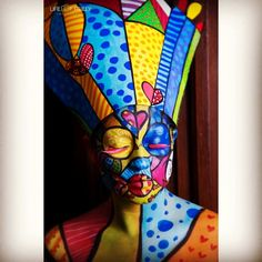 This was my Avant Garde look for yesterday's shipped, inspired by the amazing Romero Britto #britto #makeupartist #makeup #art creative #artistic #avantgarde #avantgardemakeup #MUA