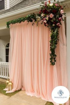 Outside wedding blush drapes - ELİNA Quinceanera Decorations, Wedding Stage Decorations, Engagement Decorations, Baby Shower Decorations, Wedding Centerpieces, Wedding Backdrops, Quinceanera Party, Floral Backdrop, Diy Backdrop