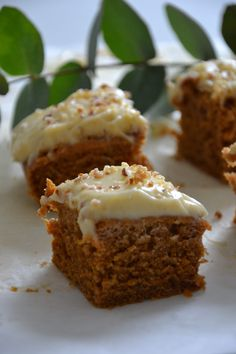Vegaaninen ja gluteeniton porkkanakakku – Iidan matkassa | Lily Matcha, Muffin, Baking, Breakfast, Food, Bread Making, Morning Coffee, Muffins, Meal