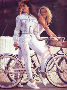 Vintage advertising at it's finest!!!  Photos:: LA Gear Originals