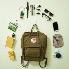 投稿《What's in your Kånken bag ?! 》徵件活動-by 林宥成  款式: ex: Kånken classic沙棕  說明: kanken實在是太Q!容量又超大!每天揹都不會膩!揹去哪都可以!