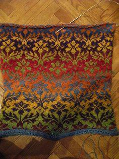 Kauni Damask | Flickr - Photo Sharing! Fair Isle Knitting Patterns, Knitting Stitches, Knit Patterns, Motif Fair Isle, Fair Isle Pattern, Form Crochet, Double Knitting, Yarn Crafts, Ideas