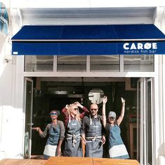 C A R Ø E ⚡️ T E A M  ready for the summer in our new denim aprons #jookcompany… ★ Tablier stylé et résistants- tablier en jean's ★Ultra-confort ★attaches réglables au cou ★Urban-style Apron Jook company