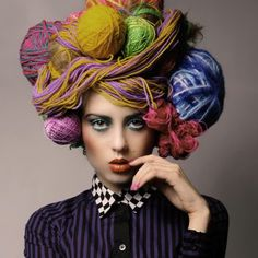 Green Eyeshadow and Orange Lips Costume Carnaval, Orange Lips, Crazy Hats, Green Eyeshadow, Yarn Bombing, Hair Art, Headgear, Headdress, Wearable Art