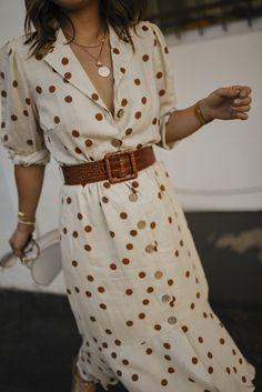 Chic Summer Outfits, Chic Outfits, Outfit Summer, White Polka Dot Dress, Polka Dot Dresses, Polka Dot Outfit, Polka Dots, Dots Fashion, Fall Fashion