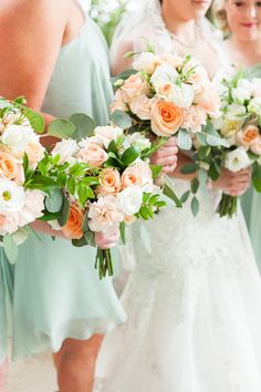 A Mint & Pink Historic Bell Hill Spring Wedding Pink Color Schemes, Wedding Color Schemes, Wedding Colors, Wedding Mint Green, Green Weddings, Wedding Photographer Outfit, Spring Wedding Flowers, Spring Weddings, Wedding Things
