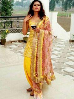 Sargun Mehta the Beautiful Indian Actress. Punjabi Dress Design, Punjabi Suit Neck Designs, Dress Indian Style, Indian Dresses, Indian Outfits, Punjabi Fashion, Indian Fashion, Indian Attire, Indian Wear