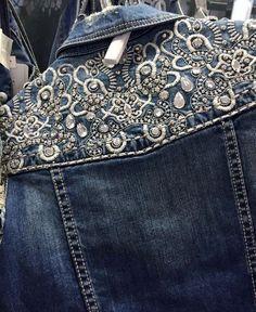 O Jeans do Inverno 2017   As principais tendência em denim, 70 fotos com pacths, aplicações, detalhes