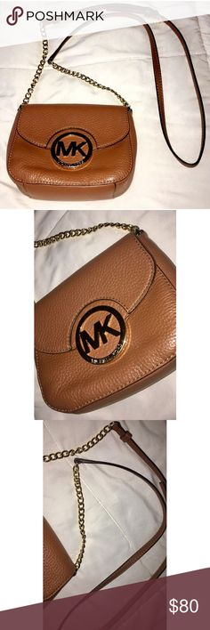 Michael Kors Purse Brown & gold Michael Kors crossbody purse! Barely used & in great condition! KORS Michael Kors Bags Crossbody Bags