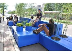 Ad-bloc parklets. Boston Experiments with Parklets as Place-making Strategy