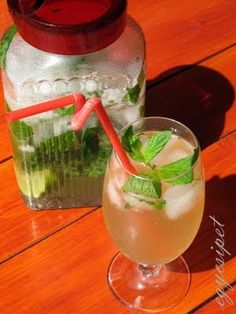 Elderflower, Hurricane Glass, Cooking Recipes, Drinks, Tableware, Foods, Drinking, Recipes