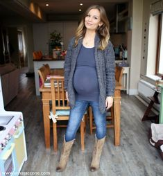 Anna Saccone: Maternity Style