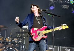 @glennhughes LIVE onstage w/ BLACK COUNTRY COMMUNION July 2011 @ High Voltage Festival in London, UK.