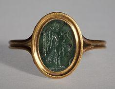 Ancient Roman Ringstone: Siren with a lyre: 30 BC-200  Plasma, gold (modern gold ring). 1,1 x 0,8 cm  @ Thorvaldsens Museum Denmark
