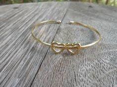 Resultado de imagem para braceletes lindas de ouro