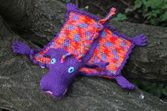 """Dragon Blanket - Free Knitting Pattern - - PDF click """"download"""" or """"free Ravelry download"""" here: http://www.ravelry.com/patterns/library/dragon-12"""