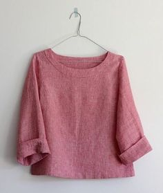 44 ideas diy clothes tops wardrobes for 2019 Diy Clothes Tops, Sewing Clothes, Clothes For Women, Inspiration Mode, Linen Blouse, Linen Tunic, Linen Dresses, Shirts & Tops, Fashion Outfits