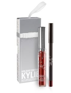 Website: https://www.kyliecosmetics.com/products/merry-lip-kit