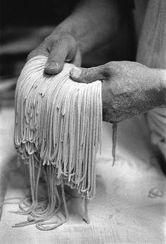 Soba noodles http://www.piment-oiseau.fr/archives/2011/02/12/20358564.html