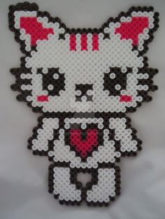 White Kitty of Love by PerlerHime