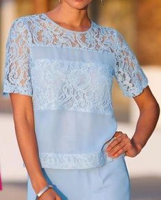Blouse Patterns, Blouse Designs, Mode Chic, Beautiful Blouses, Blouse Vintage, Contemporary Fashion, Casual Looks, Blouses For Women, Tunic Tops