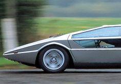 Maserati Boomerang - one-off show car first introduced as a concept car in It was made into a fully functional model in Lamborghini, Ferrari, Maserati Car, Maserati Ghibli, Bugatti, Fancy Cars, Retro Cars, Vintage Cars, Nice Cars