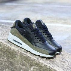 Nike Air Max 90 Elmers Glues · Fresh sneakers and vintage