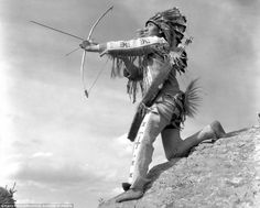 Studio photographer Harry Pollard compiled a vast collection of First Nations images, including this striking picture of a man called Lone Walker during a hunt  Read more: http://www.dailymail.co.uk/travel/travel_news/article-3675071/The-original-settlers-Spellbinding-images-Canada-s-Nations-tribal-chiefs-wore-feathered-headdresses-hunted-bison.html#ixzz4FCYDMRLl  Follow us: @MailOnline on Twitter | DailyMail on Facebook