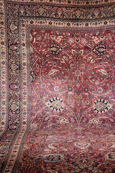 Large Doroshk Carpet, Persia, 19th century,wool/cotton, approx. 630 x 322 cm