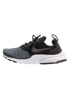 1bace8fd7a462 ¡Consigue este tipo de zapatillas básicas de Nike Sportswear ahora! Haz  clic para ver