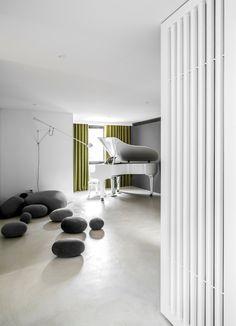Purified Residence by Wei Yi International Design Associates http://interiorsxdesign.com/2017/10/30/purified-residence-by-wei-yi-international-design-associates/
