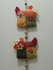 Mbile de galinhas (mari_mellone) Tags: mobile galinha patchwork hens