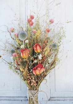 Shade Garden Flowers And Decor Ideas Dried Flower Bouquet Roses Shabby Chic by VintagePolkaDotcom Dried Flower Bouquet, Rose Bouquet, Dried Flowers, Cut Flowers, Beautiful Flowers, Fall Flowers, Dried Flower Arrangements, Deco Floral, How To Preserve Flowers
