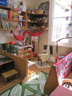 play based school ideas. Some environments are a bit cluttered...but pictures offer a lot of inspiration for my room.