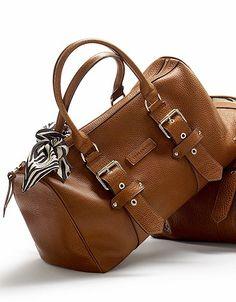 Sac polochon, inspiration vintage. Foulard en soie imprimé zèbre offert ! 590 Euros Kate Moss for Longchamp