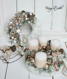Christmas Advent Wreath, Christmas Arts And Crafts, Christmas Candles, Holiday Wreaths, Winter Christmas, Beautiful Christmas Decorations, Christmas Table Decorations, Christmas 2018 Trends, Advent Candles