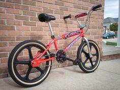 1997 DK General Lee - BMXmuseum.com Bmx Bicycle, Bmx Bikes, Old Scool, General Lee, Bmx Racing, Cafe Bike, The Old Days, Mountain Biking, Skateboard