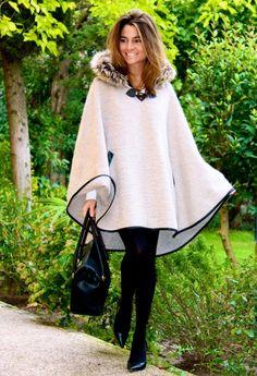 Fashion and Style Blog / Blog de Moda . Post: I Love it! / Me encanta! .More pictures on/ Más fotos en : http://www.ohmylooks.com/?p=24535 .Llevo/I wear: Llevo : Cape : Oh My Looks Shop (info@ohmylooks.com) ; Bag / Bolso BARADA (Contacto : Benjamín : 629 973 877) ; Zapatos/Shoes : Pilar Burgos