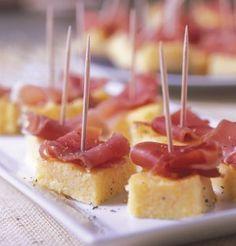 Apéro : Polenta au parmesan + lanière de jambon sec
