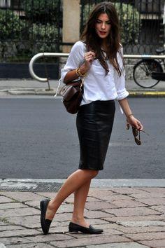 Pencil skirt outfits, pencil skirt black, black leather skirts, o Black Leather Pencil Skirt, Pencil Skirt Casual, Pencil Skirt Outfits, Pencil Skirts, Black Pencil, White Shirt Outfits, Casual Outfits, Fashion Outfits, Womens Fashion