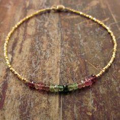 Bracciale perline braccialetto portafortuna di TwoFeathersNY