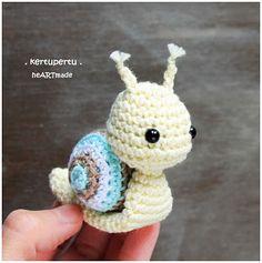 kertupertu heARTmade: little snail. crochet. amigurumi. schnecke
