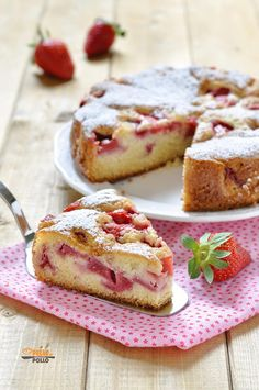 Torta di fragole semplicissima Sweet Recipes, Cake Recipes, Dessert Recipes, Desserts, Strudel, Strawberry Shortcake Cheesecake, English Food, Sweet Cakes, Italian Recipes