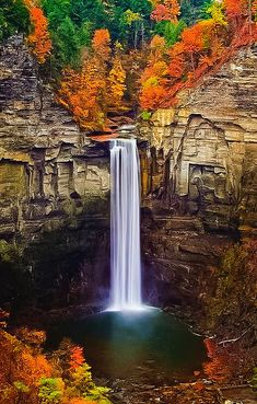 natur paysage Taughannock Falls, Ulysses in Tompkins County, New York All Nature, Amazing Nature, Beautiful Waterfalls, Beautiful Landscapes, Places Around The World, Around The Worlds, Beautiful World, Beautiful Places, Amazing Places