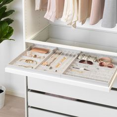 10 Beautiful Open Closet Concepts For Sophisticated Home storage Ikea Walk In Closet Design, Bedroom Closet Design, Master Bedroom Closet, Closet Designs, Bedroom Storage, Bedroom Decor, Master Bedrooms, Organize Bedroom Closets, Bedroom Furniture