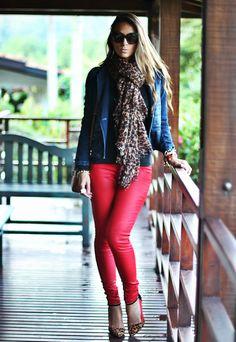 1x1.trans Calça Colorida, uma boa alternativa a Calça Jeans