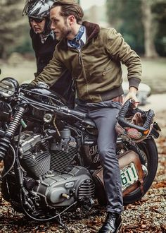 Harley Davidson y Davidson Ajusco México Motorcycle HD de Harley Davidson, y otras mas! ❤️ Women Riding Motorcycles ❤️ Girls on Bikes ❤️ Biker Babes ❤️ ma Riders ❤️ Mans who ride rock ❤️TinkerTailorCo ❤️ Vintage Motorcycles, Harley Davidson Motorcycles, Custom Motorcycles, Custom Bikes, Custom Cars, Harley Bobber, Bobber Chopper, Estilo Cafe Racer, Cafe Racer Style