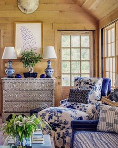 Home Ideas- Love the blue and white. Take a look and enjoy. Blue Rooms, White Rooms, Fall Home Decor, Autumn Home, Interior Exterior, Home Interior Design, Formal Living Rooms, Living Spaces, Cabana