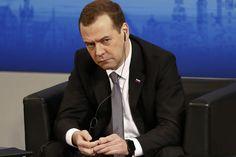 La Russie et l'Occident sont entrés dans une «nouvelle guerre froide», selon Medvedev