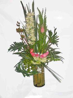 f3eb1fe6c3 Feliz Cumpleaños. Mágico diseño floral ...